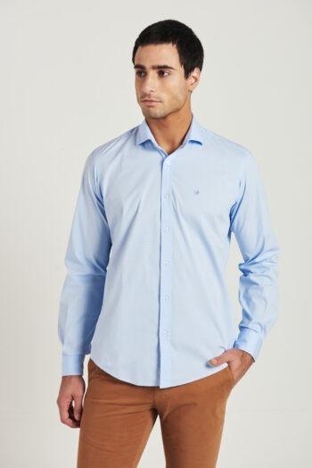 Camisa slim fit mangas largas lisa de poplin con lycra
