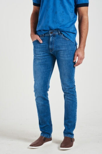 Jean regular fit de indigo gastado